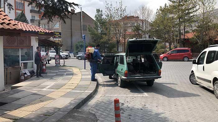 Nallıhan'da Araçlar Ücretsiz Dezenfekte Ediliyor