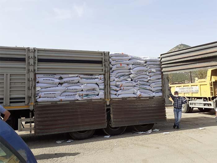 Nallıhan'da 281 çiftçiye 54 ton tohum desteği