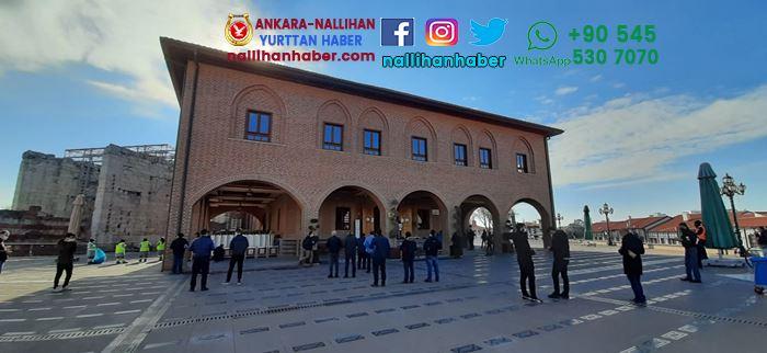 Ankara'da yılın ilk cuması kılındı