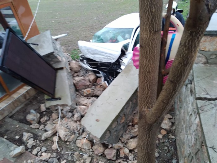 Nallıhan Ankara yolunda kaza! Bir kişi yaşamını yitirdi.