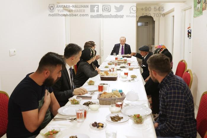 Cumhurbaşkanı Ayaş'ta misafir oldu